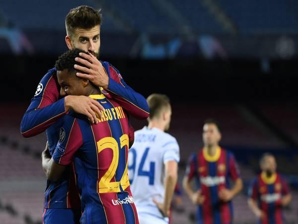 Barcelona đang trải qua quá nhiều khó khăn