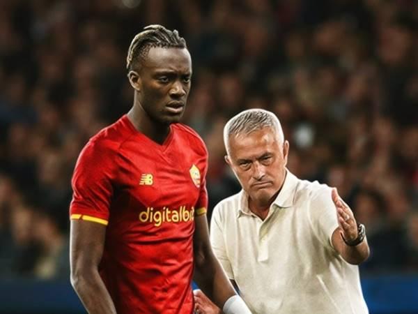 Tin BĐQT 31/8: Abraham chia sẻ người HLV Mourinho của mình